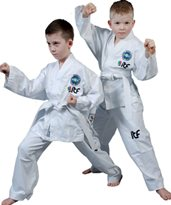 Taekwondo Dobok TOP TEN KYONG ITF 2013